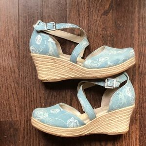 Brand new espadrille clogs, only tried on inside